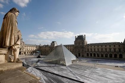 Louvre dicht: personeel staakt tegen drukte