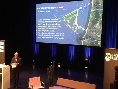 'Vliegveld in zee moet serieus worden onderzocht'