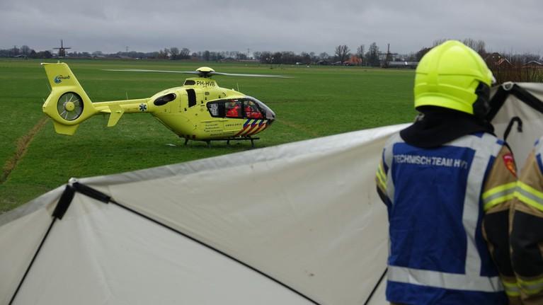 Vier doden bij auto te water langs Berkmeerdijk in Obdam [update, video]