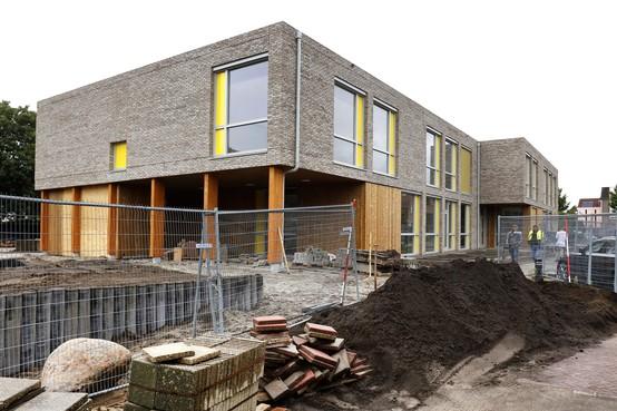 Bouwen aan nieuwe lokalen Sterrenschool voor komend schooljaar