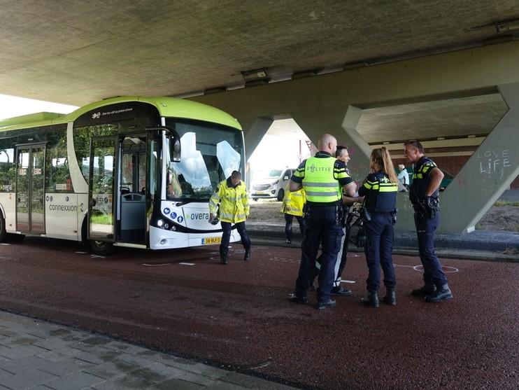 Fietser zwaargewond bij aanrijding met bus in Alkmaar