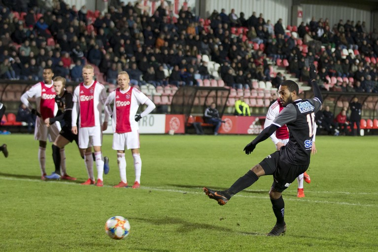 Boy Deul van FC Volendam is de beul van Jong Ajax [video]