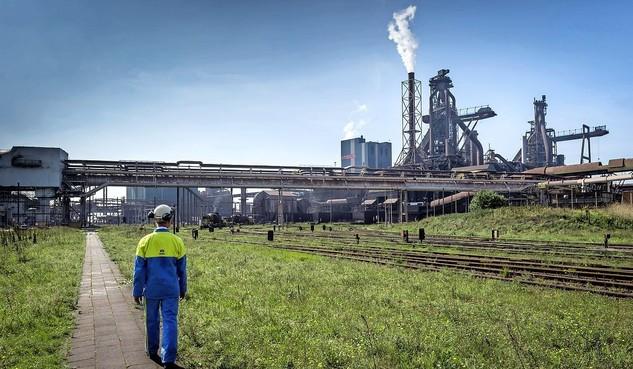 Wijk aan Zeeërs eisen van de provincie een plan van aanpak voor de overlast van Tata Steel en Harsco