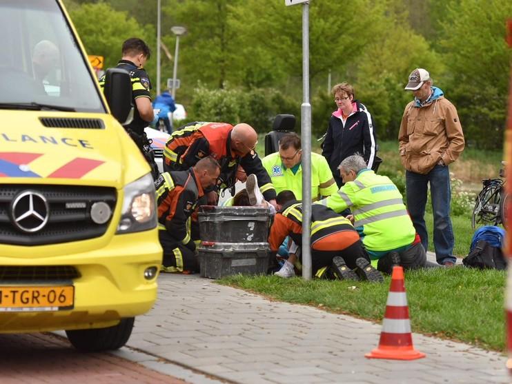 Vrouw klem bij ongeval in Alphen aan den Rijn