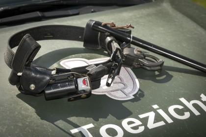 'Boswachters Recreatie Noord-Holland krijgen wapenstok en pepperspray terug'