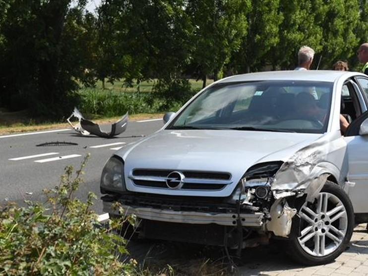 Motorrijder zwaargewond bij ongeval in Nieuwkoop