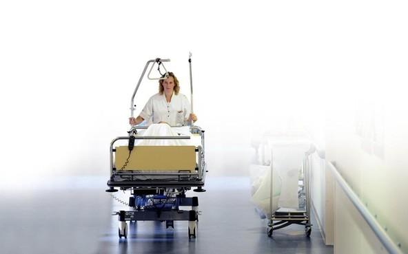 Kamerleden krijgen patiënt 'cadeau'