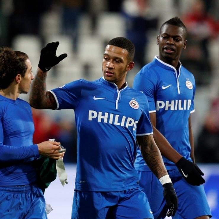 Memphis Depay en Nicolas Isimat-Mirin bij PSV. © Hollandse Hoogte