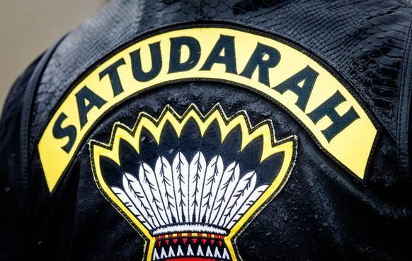 Satudarah-leden hoeven niet meteen de cel in