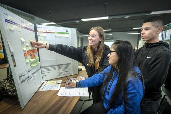 Mediaopleiding Nova College Haarlem gooit het roer om en geeft 'scrummend' onderwijs: 'Weg met klaslokalen, studieroosters en tentamenweken'