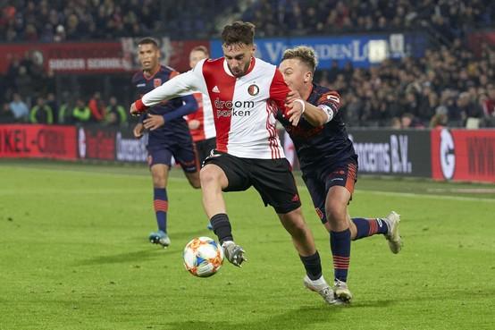 Orkun Kökcü leeft op onder nieuwe Feyenoord-coach Dick Advocaat