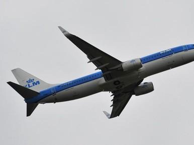 Schiphol annuleert 90 vluchten door storm