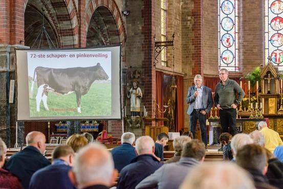 Veeveiling in Odulphuskerk Assendelft verbreekt eigen recordbedrag