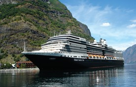 Cruiseschip in Noorwegen.