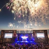 Openluchtfestival Haringrock wordt gehouden op een deel van het Katwijkse strand.