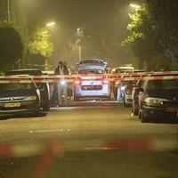 Onderzoek kort na het schietincident in de Van Dorenwerdestraat.