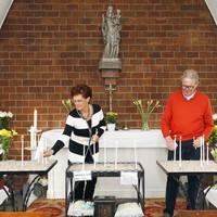 Kitta en Harry Hogervorst uit Schagen. Zij zijn twee van de 22 nieuw vrijwilligers die zich gaan ontfermen over het Mariakapelletje.