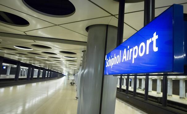 Rechter verbiedt staking van openbaar vervoer rond Schiphol