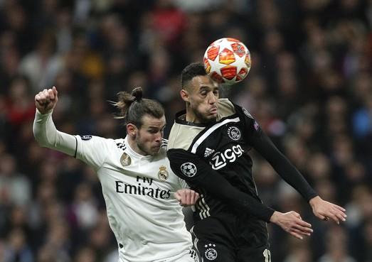 Mazraoui mag Ronaldo een duel niet bewaken