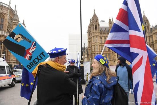 'Brexit zonder akkoord kost EU miljarden'