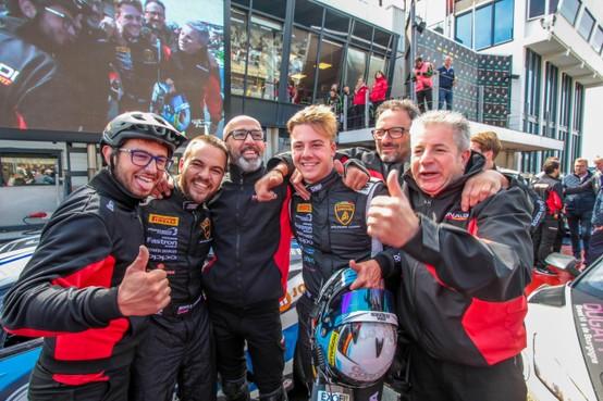 Mega-visitekaart van autocoureur Danny Kroes