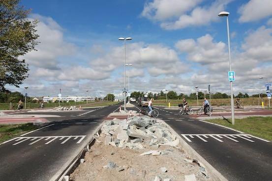 Wegopbreking Vlietweg in Velserbroek wekt verbazing op in buurt