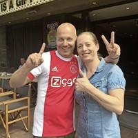 Marco van Velthooven van Rex met Marjolein Cornelissen van Café Nulvijfendertig. Én Davy Klaassen van Ajax die de halve finale won op Hilversumse pasta.