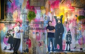 Floris (links) en Max Caminita in hun restaurant Morris.