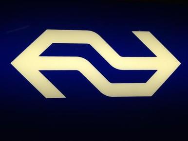 Treinverkeer Beverwijk - Santpoort verstoord door persoon op het spoor [update]