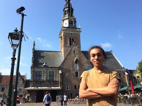 Onderweg: Het alter ego van Tomas Meinen uit Alkmaar is drag queen 'Tipsy'. Man of vrouw? Tomas laat zich niet in een hokje stoppen
