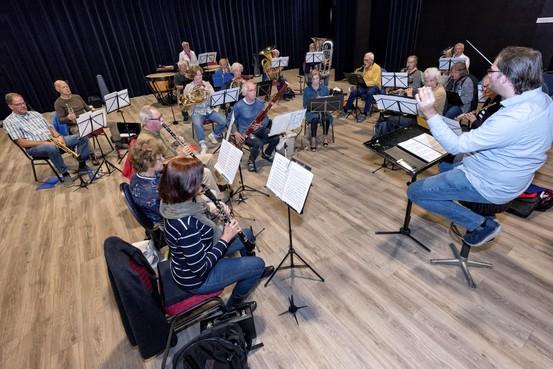 Tevreden over Dagorkest en over dirigent