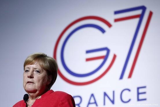 Merkel belooft hulp bij herbeplanting Amazone