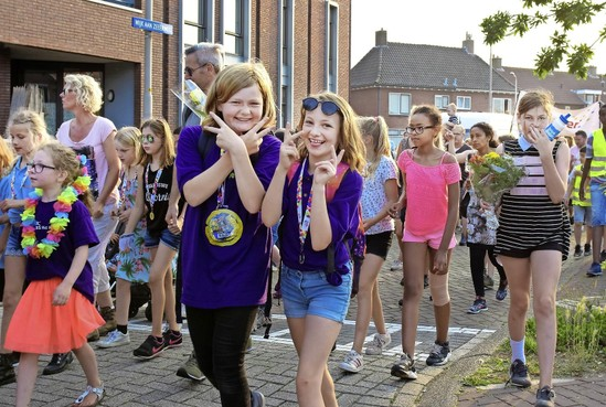 Hervulbaar waterflesje voor vierdaagselopers in IJmuiden