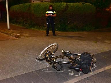 Fietser gewond bij botsing met auto in Leiden