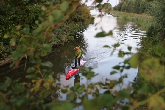 Alkmaarder Niek van der Linde heeft overal spierpijn na overwinning van Elfstedentocht op de sup