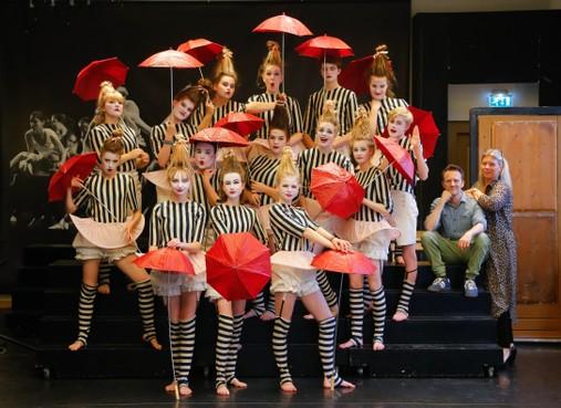 Sprankelend verjaardagscadeau Talenten Theater in Hoornse schouwburg Het Park
