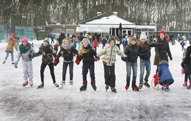Schaatsen op de ijsbaan in Noordwijk.