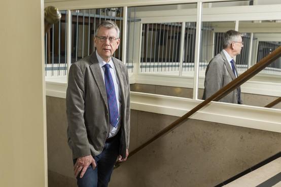 Voorschotense griffier na 44 jaar weg uit Voorschoten: 'Ik snap soms niks van politiek'
