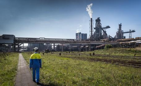 Tata Steel IJmuiden claimt 14 miljoen euro bij Tennet nadat fabriek dagen stil lag wegens enorme stroomstoring