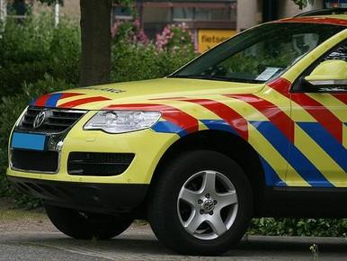 Hilversumse (26) ernstig gewond bij val uit bovenwoning