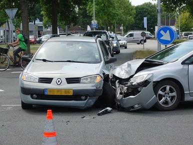 Twee gewonden bij ongeval in Zwaag