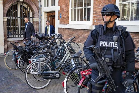 Burgemeester Haarlem betreurt noodzaak beveiliging