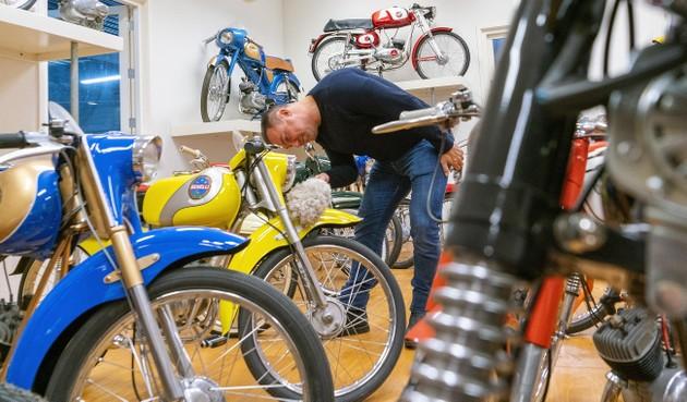 Brommershow in Noord-Scharwoude herbergt enkele verborgen 'schoonheden': tonen van exemplaren uit privémuseum is hommage aan wijlen Henk Glas