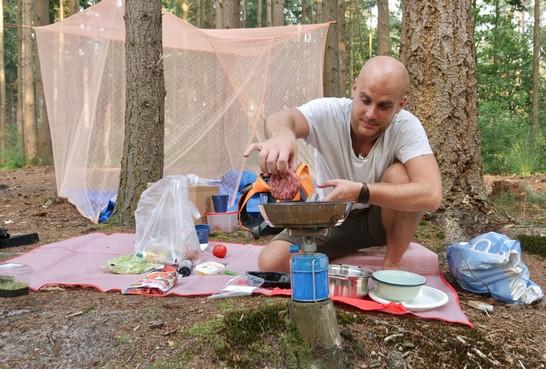 Het kan nog dit jaar: Slapen in de open lucht in de bossen bij Lage Vuursche