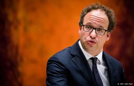 Minister: lang lage rente probleem pensioenen
