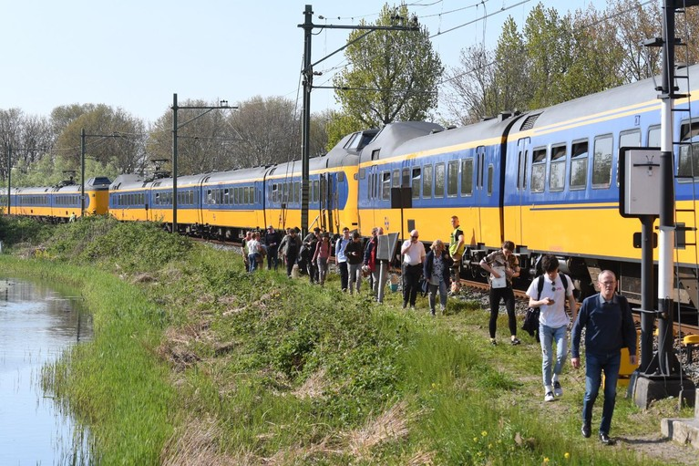 Defecte trein hindert treinverkeer tussen Alphen aan den Rijn en Leiden