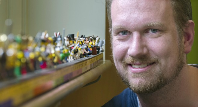 Veel lof voor tijdlijn van Haarlemse lego-meester