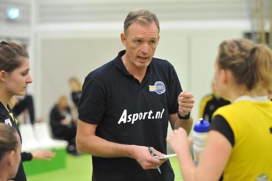 Voormalig coach Zaanstad en golfpro Patrick de Reus nu regelneef bij Nederlands volleybalteam