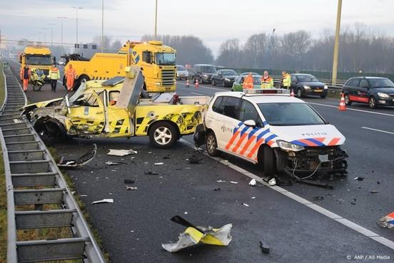 Meer auto's weginspecteurs aangereden