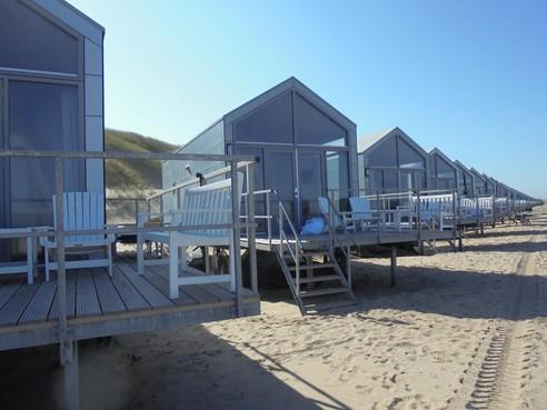 Gemeente werkt 'met man en macht' aan nieuw plan voor strandhuisjes Petten na verbod Raad van State